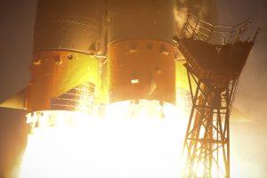 Décollage du lanceur Soyouz-FG emportant Soyouz MS-11.