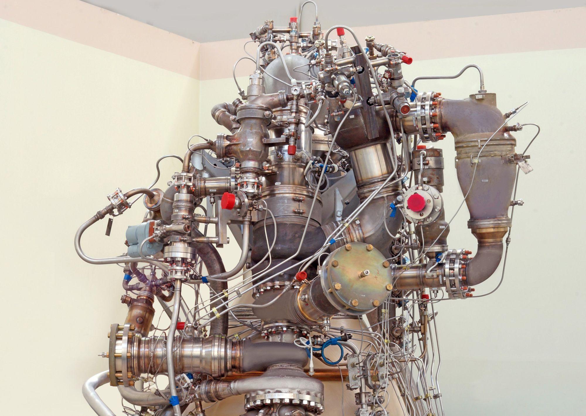 Prototype du moteur méthane/oxygène pour le lanceur Amour.