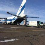 Sur le tarmac de l'aéroport d'Ignatievo (Blagoveshchensk) l'AN-124-100 qui a transporté les satellites de OneWeb.