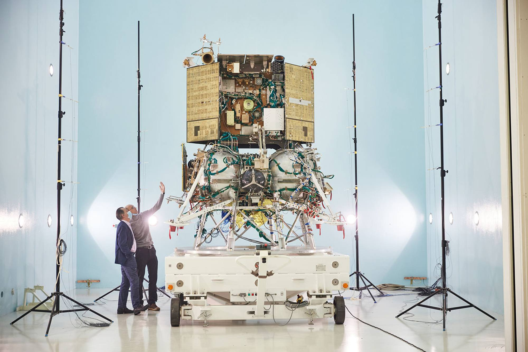 La sonde automatique sera, lors du lancement, fixée sur l'étage d'injection Fregat.