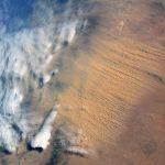 La tempête de sable en haute altitude qui a rendu jaune le ciel du Sud de la France.