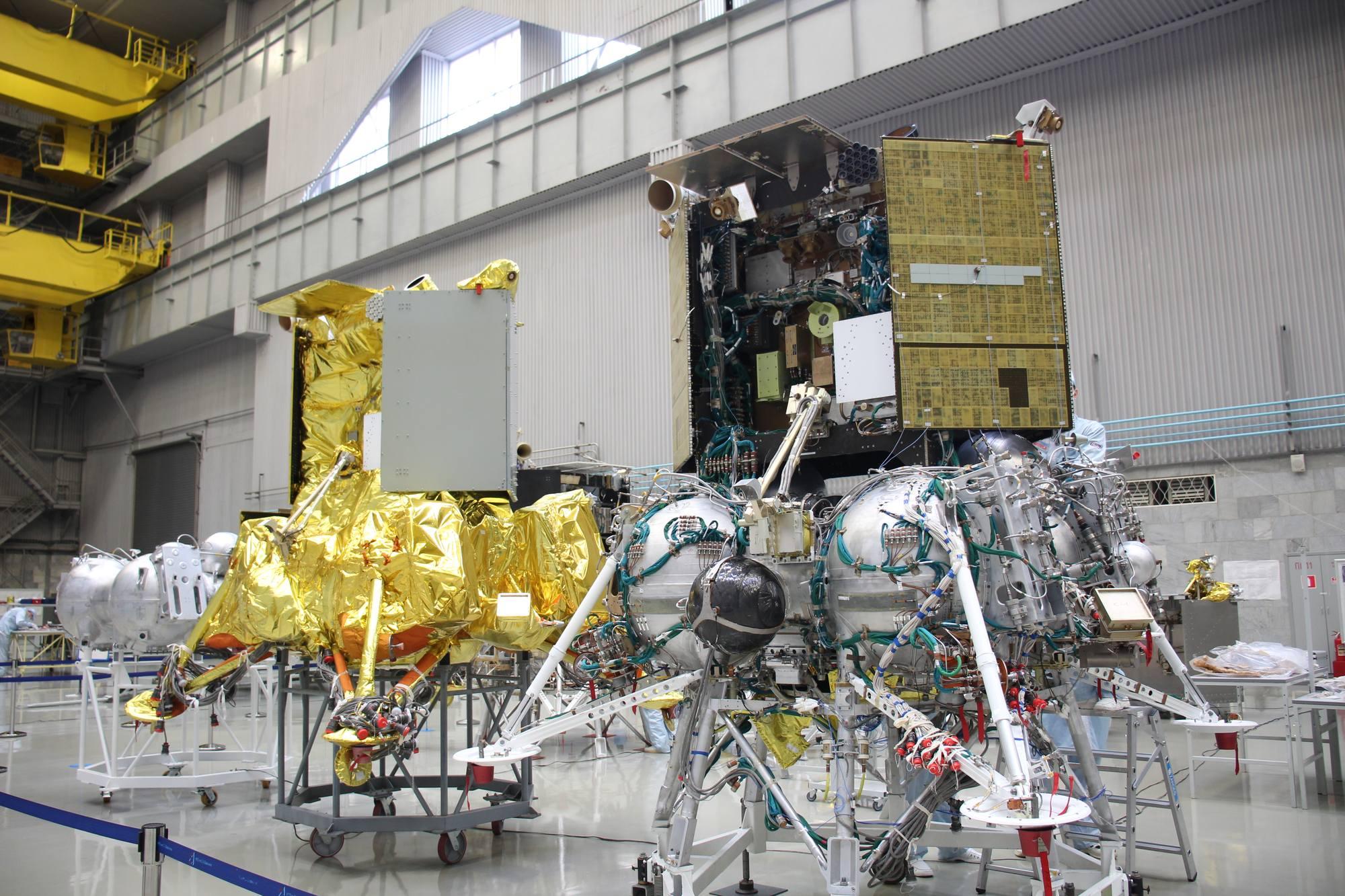Des modèles de test de Luna-25.