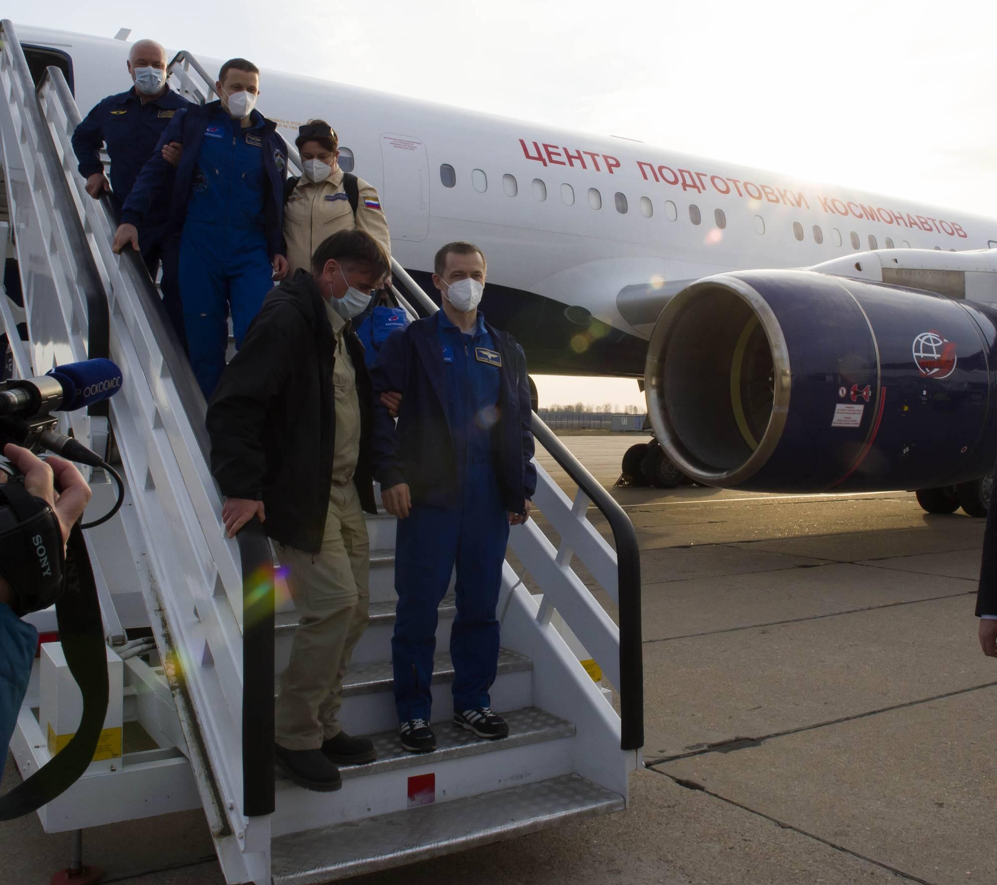 Le retour des cosmonautes russes de Soyouz MS-17 à l'aéroport Chkalovsky près de la Cité des étoiles.