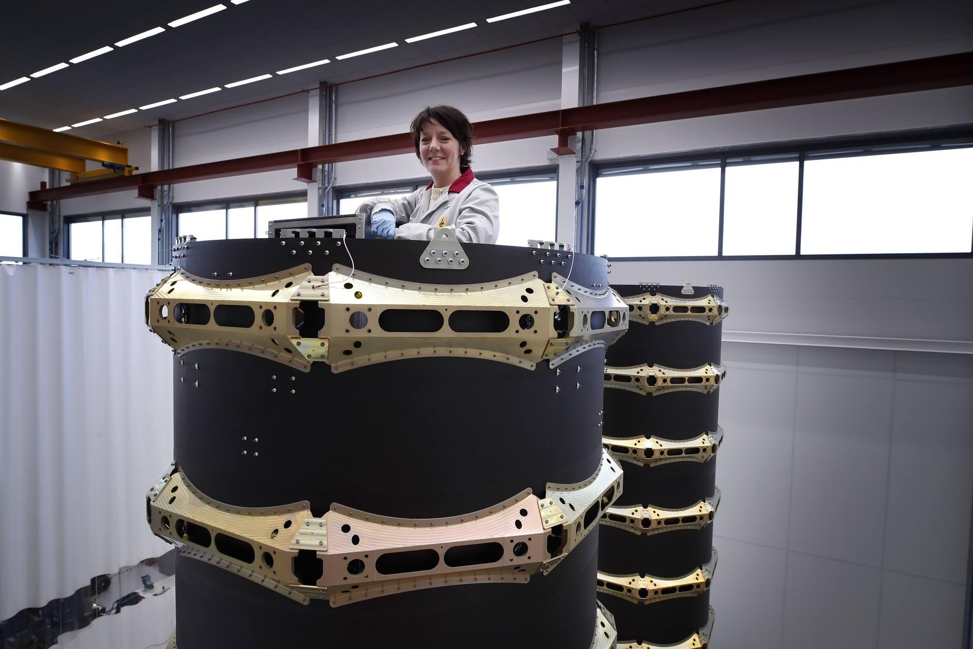 Le dispensaire RUAG utilisé pour libérer les satellites OneWeb quatre par quatre.
