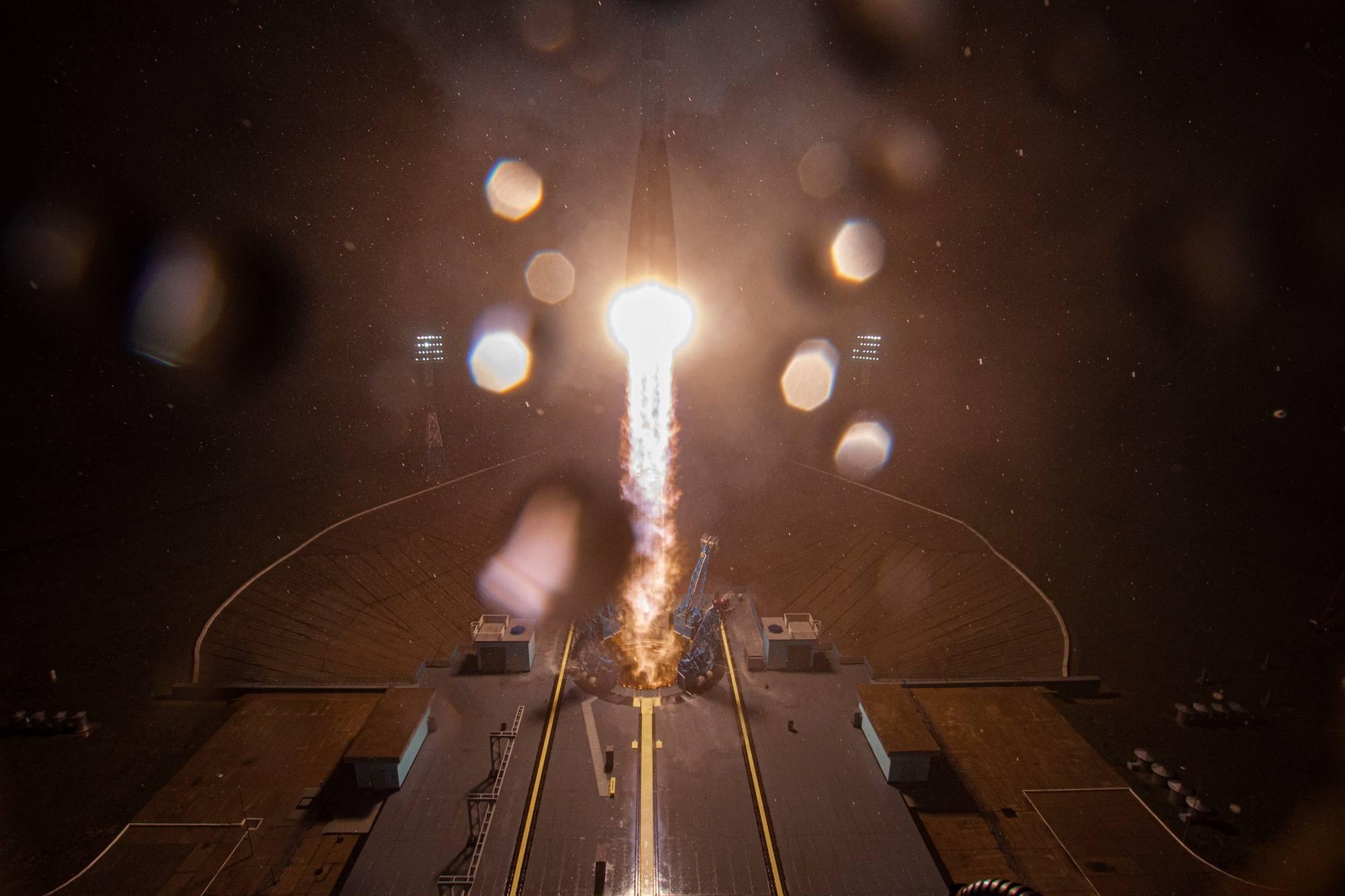 Le lancement vu du haut de la tour mobile.