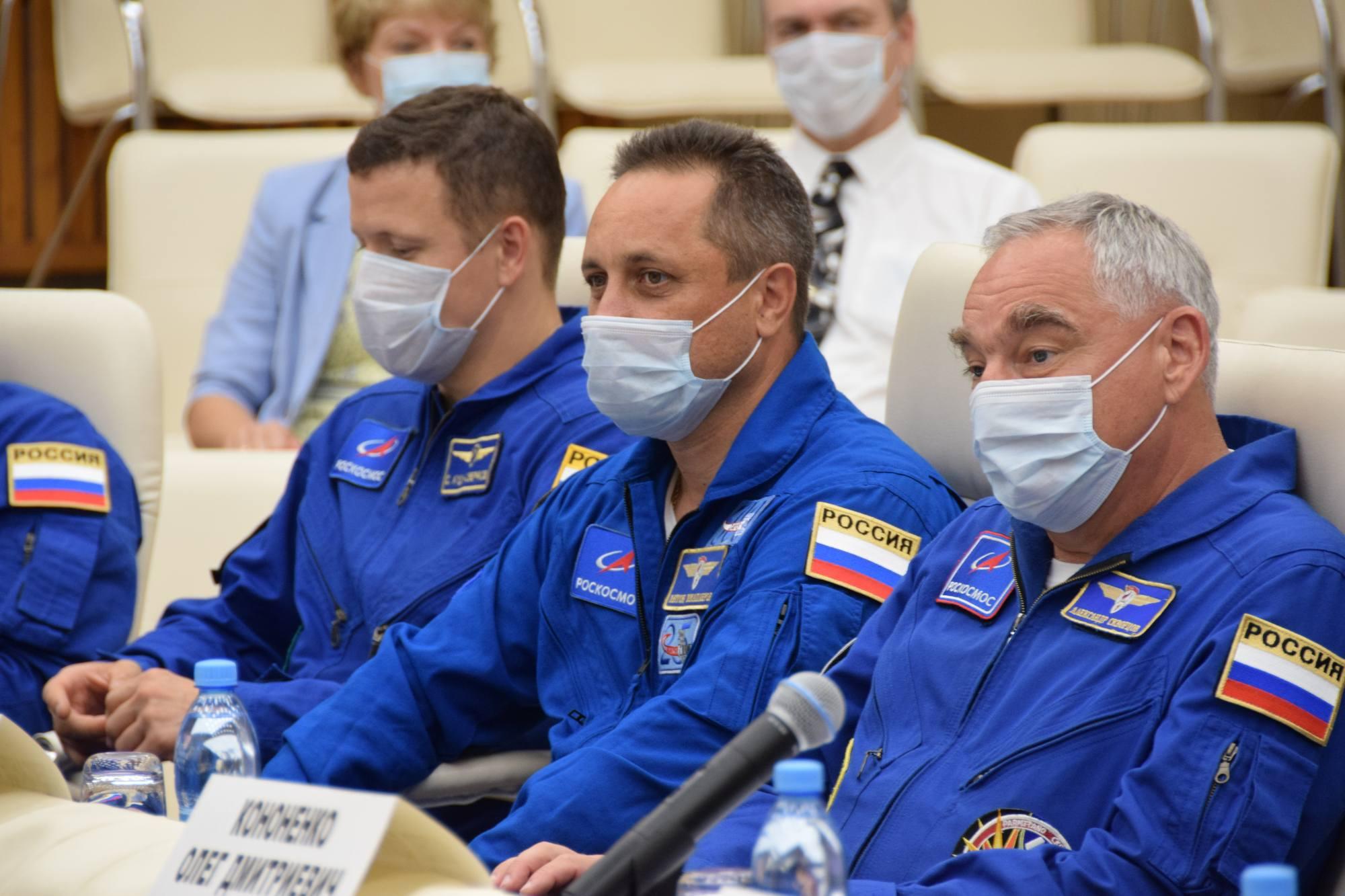 Sergueï Koud-Sverchkov, Anton Skaplerov et Alexandre Skvortsov.