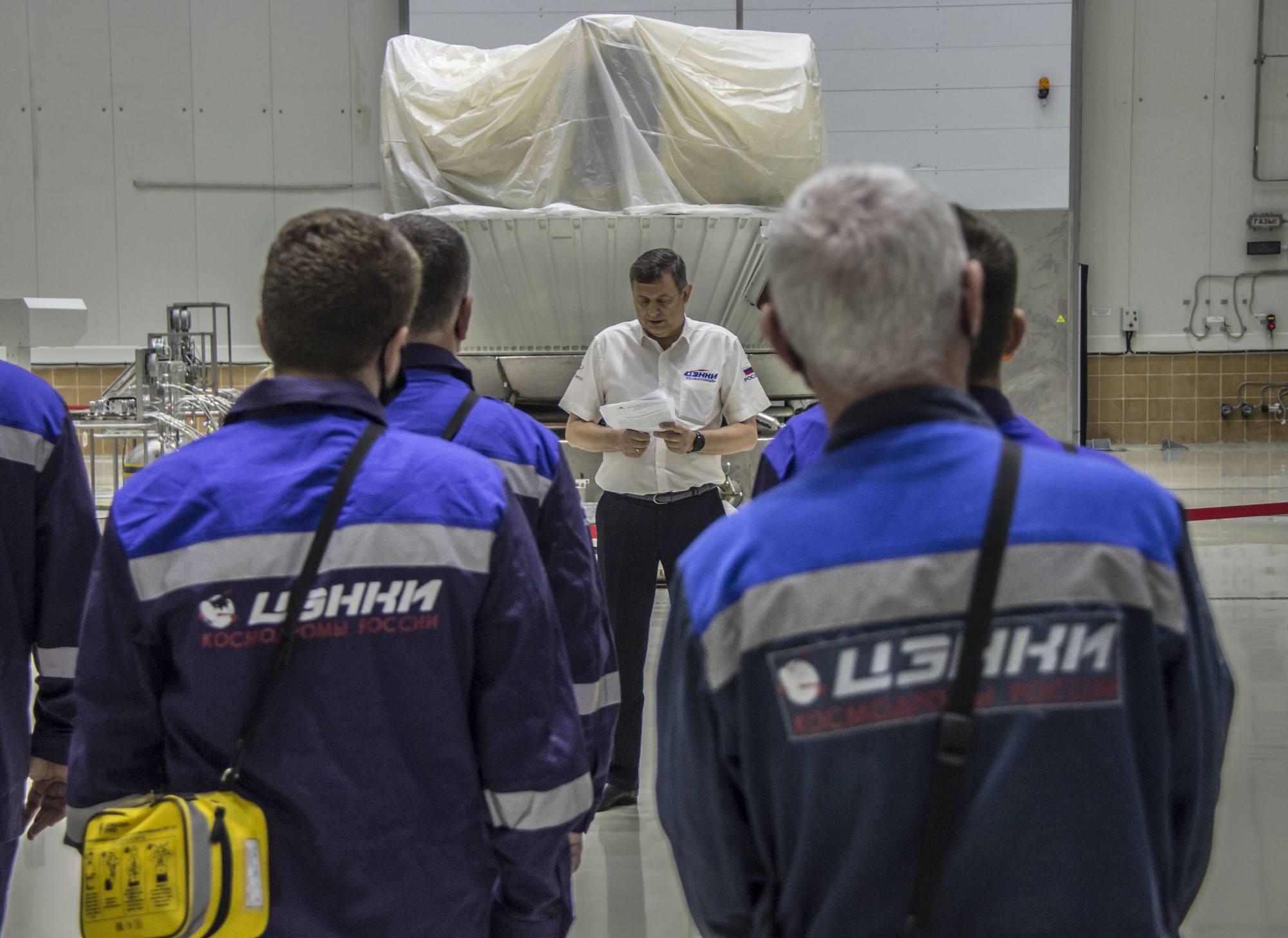 Le briefing de l'équipe de ravitaillement de Fregat à Vostochny.